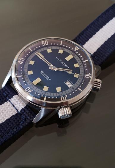 Reloj Dan Henry 1970 40 Mm Dial Negro-gris De Caballero