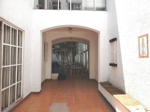 Casa Con Jardín Para Remodelar En San Miguel Chapultepec