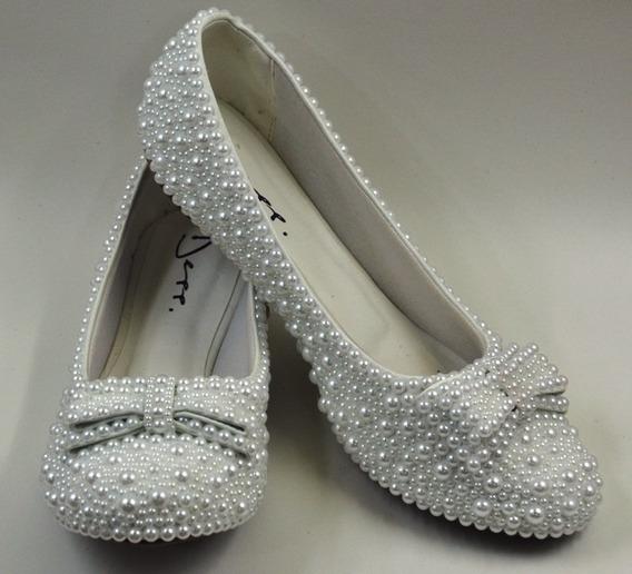 Sapatilha Branca Para Noivas Customizada Com Pérolas