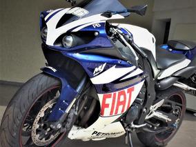 Oportunidade!! Moto Esportiva Yamaha R1 2010 - 26.700 Km