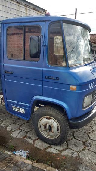 Caminhão Mercedez-benz 608 Báu
