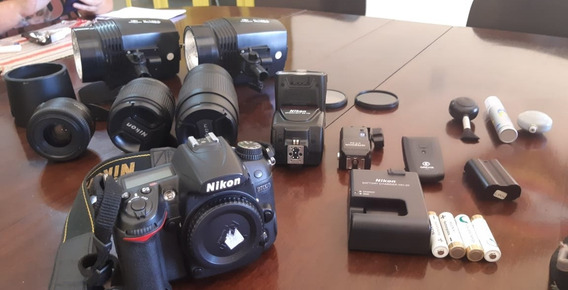Câmera Fotográfica D7000 Marca Nikon , Pouco Uso.