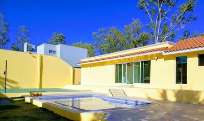 Hermosa Casa En Venta, Lomas De Comanjilla, Leon Gto.