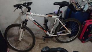 Bicicleta Fuji Nevada 4.0