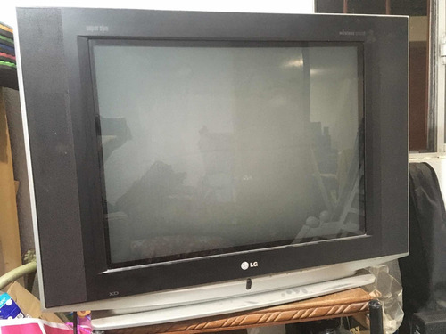 Imagen 1 de 3 de Televisor LG Súper Slim Wireless Sound 27 Pulgadas.queretaro