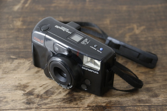Câmera Olympus Infinity Zoom 210 - Analógica