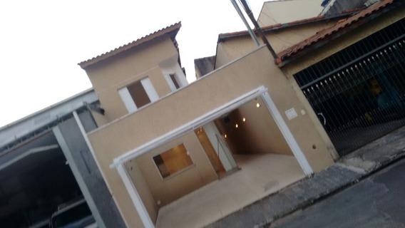 Casa 3 Dormitórios Com 1 Suite - Vila Galvão