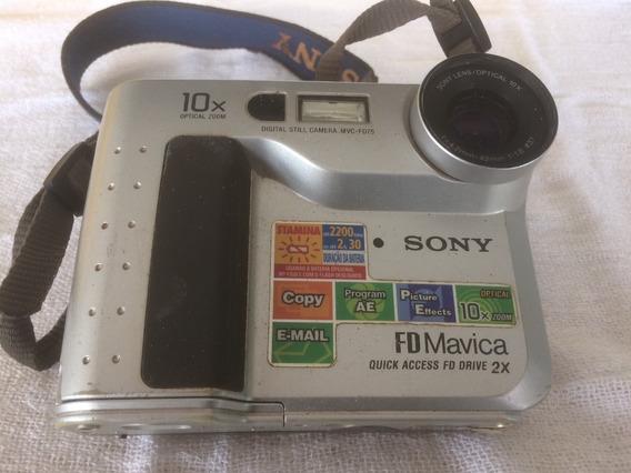 Câmera Fotográfica Sony Mavica Mvc-fd75 Retro Para Coleção