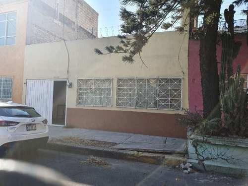 Venta De Casa En Col. Aragón Inguarán
