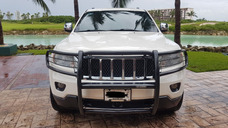 Jeep Grand Cherokee Overland 4x4 Mt