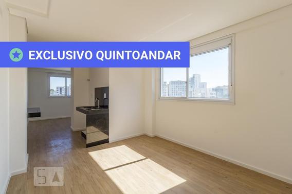 Apartamento No 7º Andar Mobiliado Com 1 Dormitório E 1 Garagem - Id: 892985394 - 285394