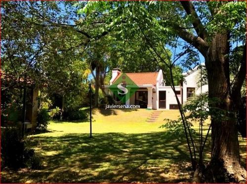 Alquiler De Casa En Jardines De Cordoba, 3 Dormitoriuos, Baño, Linda Propiedad Con Buen Jardin.- Ref: 168106