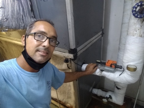 Imagem 1 de 5 de Trabalhamos Com Refrigeração Em Geral, Projetos, Instalações