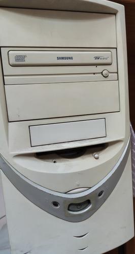 Computadora Escritorio Duron 1600 C/ Monitor Winxp En Devoto