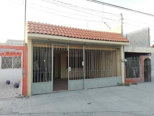 Casa En Venta En Col. Campillo Saenz En Gomez Palacio, Dgo.