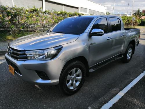 Toyota Hilux 2017, Diesel 2.400cc, 4x4, Mecanica