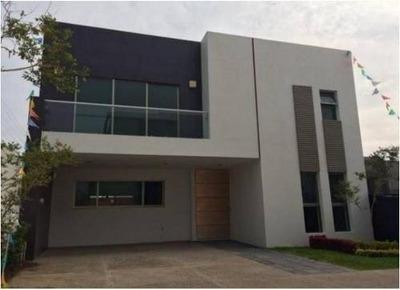 Casa Nueva En Condominio 3/4 Recamaras En Solares