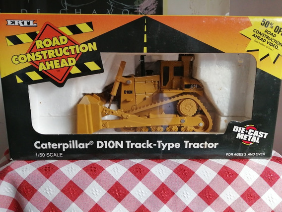 Ertl Caterpillar D10n Escala 1/50