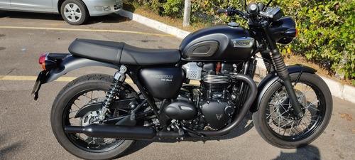 Triumph Bonneville T100 Blac