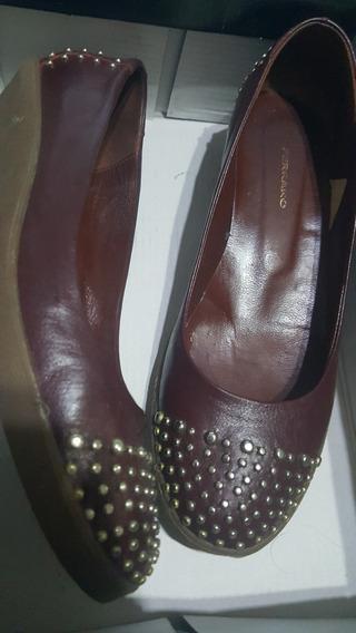 Zapatos Ferraro Color Bordo Talle 37.