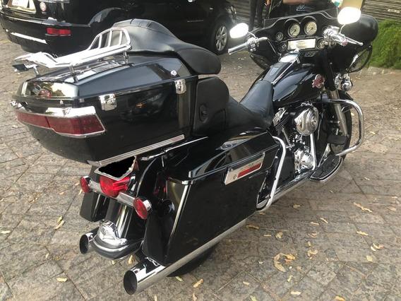 Harley Davidson Flhtcui Ultra Classic Electra Glide 2005