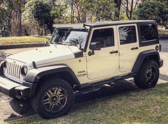 Jeep Wrangler Unlimited Puertas Edición Falcon