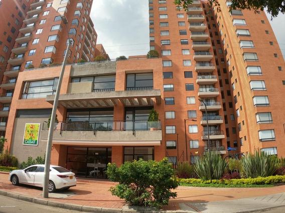 Arriendo Apartamento Mazuren Mls 20-1069