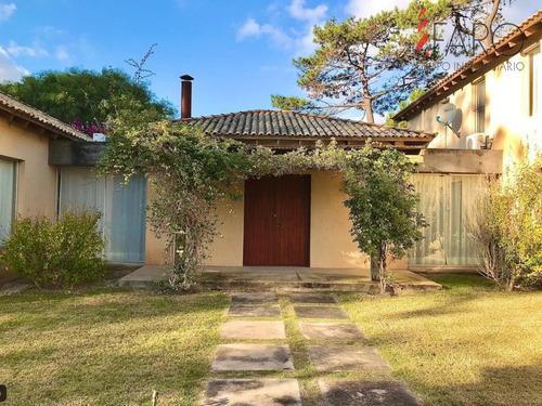 Casa En Rincón Del Indio 4 Dormitorios Con Parrillero Y Piscina- Ref: 36886