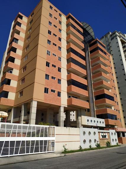 Apartamentos En Venta Res Vulcano Palace 04241408770