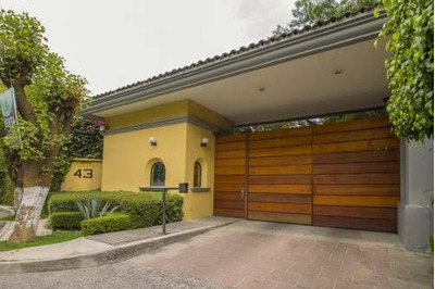 Venta De Residencia En Condominio En La Col. Florida (urge Por Viaje)