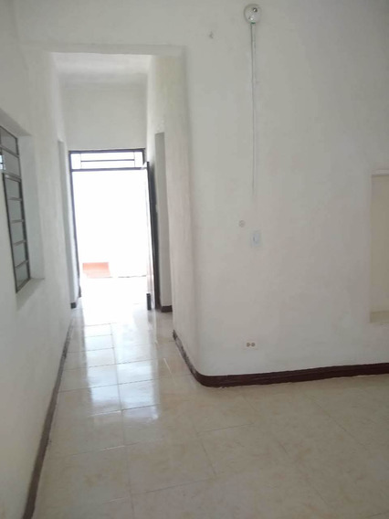 Vendo Casa Con Local En El Barrio Santander