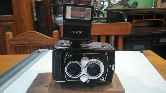 Máquina Fotográfica Yashica-d