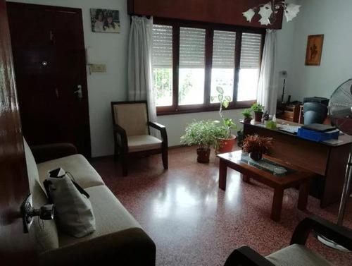 Casa - Prado. Garaje, Barbacoa Y Fondo.