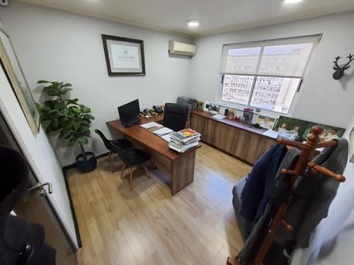 Imagen 1 de 12 de Excelente Oficina Remodelada