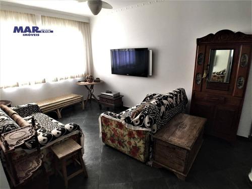 Imagem 1 de 9 de Apartamento À Venda Na Praia Das Pitangueiras Em Guarujá - Quadra Mar - 2 Dormitórios - 1 Vaga De Garagem - Lazer - Ap11160