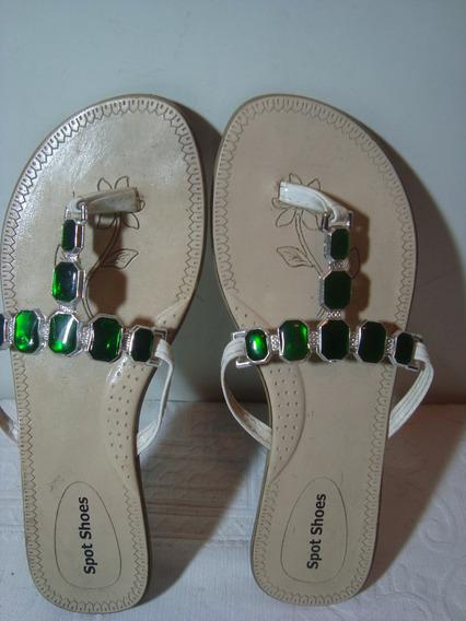 Sandalia Rasteira Com Pedras Verde Nº 37