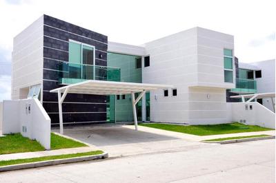 18-1971ml Bella Casa Con Un Diseño Moderno En Costa Sur