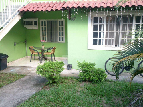 Imagem 1 de 7 de Casa Com 2 Quartos Apenas R$ 110.000 - Colubande - /rj - Ca21274