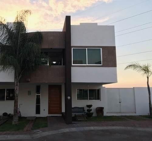 Casa En Venta. Residencial Bahamas. Rcv190114-lr