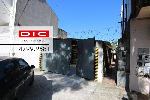 Casa 3 Ambientes Con Depósito/galpón En Olivos