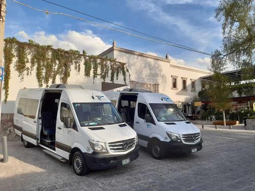 Imagen 1 de 10 de Renta De Camionetas En Cdmx Con Chófer 13 Hasta 20 Pasajeros