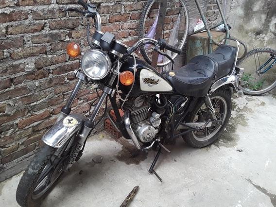 Motomel Motomel Custon 2000
