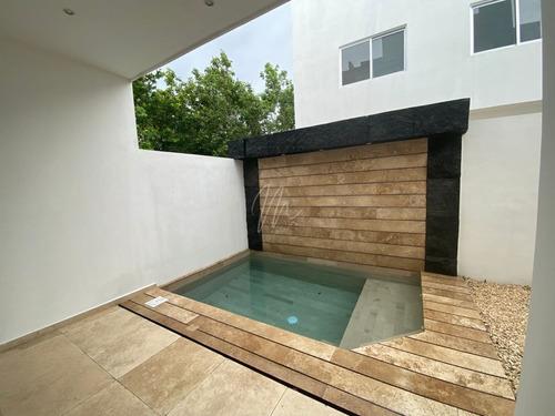Imagen 1 de 21 de Casa En Venta En Cancun  En Rio Residencial