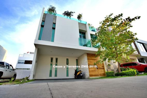 Casa De Lujo En Zona Diamante En Cantares Residencial Con Roof Garden
