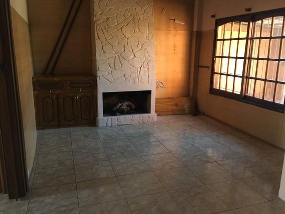 Casa Chalet En Venta Ubicado En Pacheco, Zona Norte