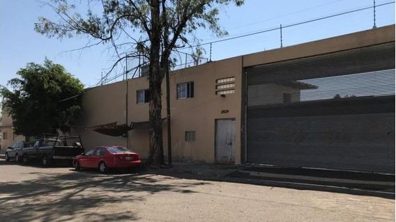 Amplia Bodega En Zona Industrial Guadalajara