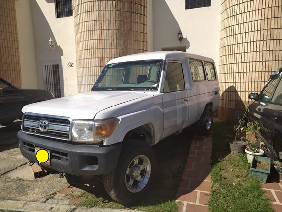 Toyota Machito Land Cruiser Chasis Largo 2010