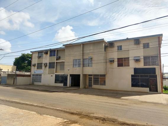 Se Vende Edificio Calle 72 Sector Paraiso Maracaibo Zulia