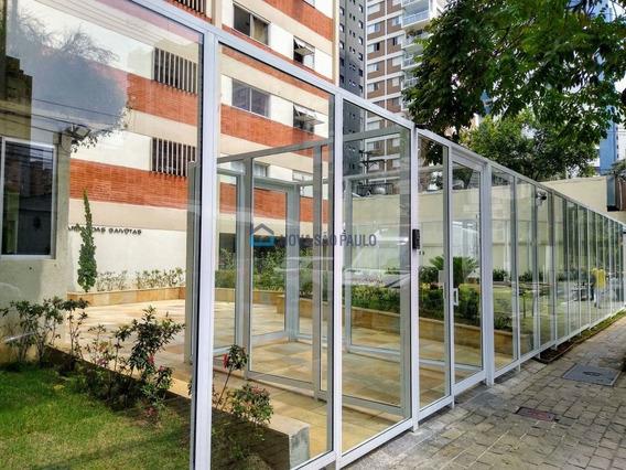 Moema Pássaros ! Ótima Oportunidade! Apartamento De 42m² Com 01 Dormitório. Área De Serviço. - Mo332