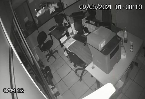 Imagem 1 de 1 de Câmeras De Segurança